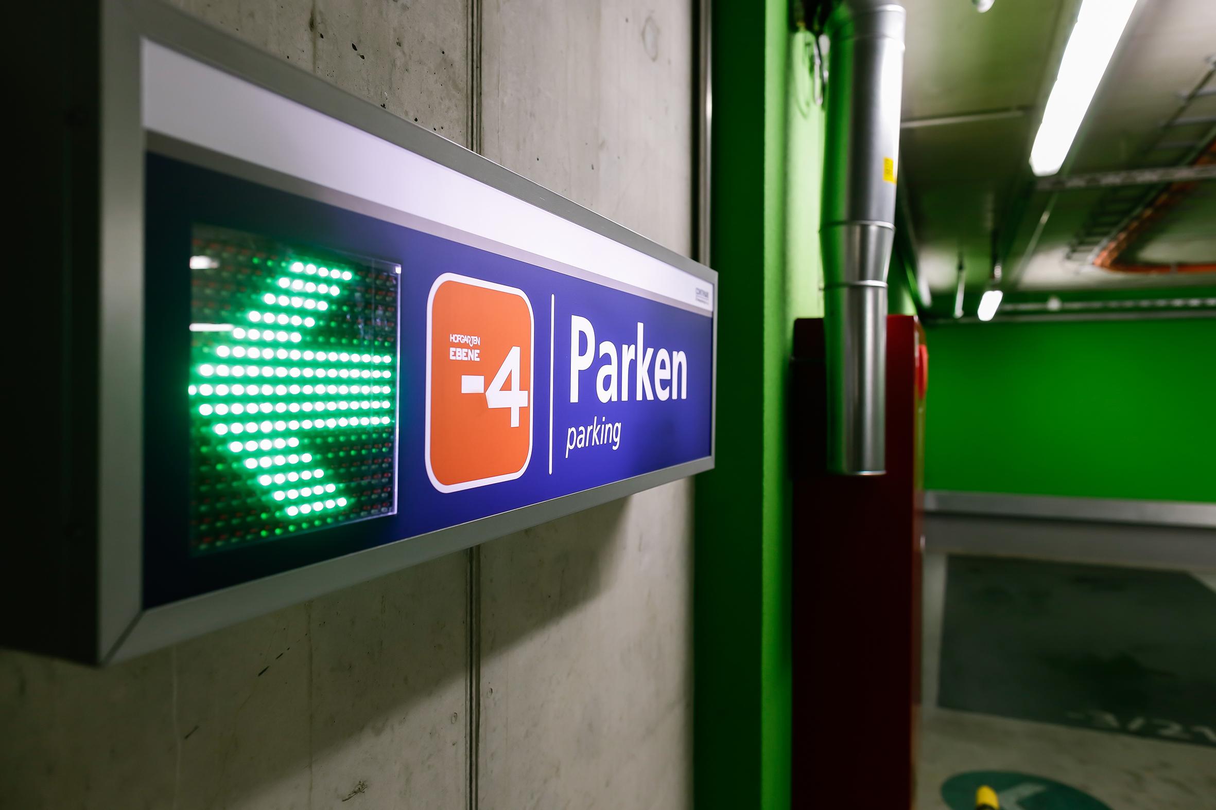 Solingen Hofgarten - Signage © Contipark